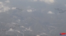 [영상뉴스] 한반도에 전개된 F-22, 12대 단체 비행 영상
