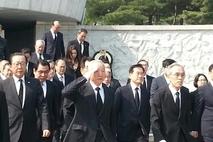 남재준, 현충원 참배 후 임진각 방문 '김정은은 악의 근원, 제거해야'