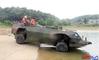 중국, 세계 최고 수상속도의 신형 상륙 병력수송장갑차 공개